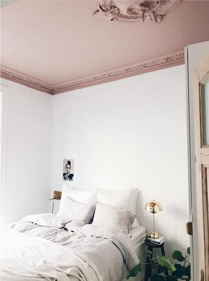 Comment apporter une touche de luxe à un appartement très sobre