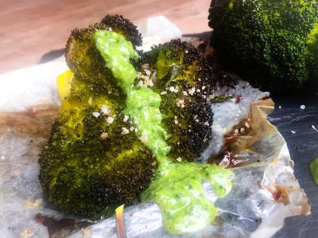 Brocoli Rôti au Four Sauce Aïoli Pesto