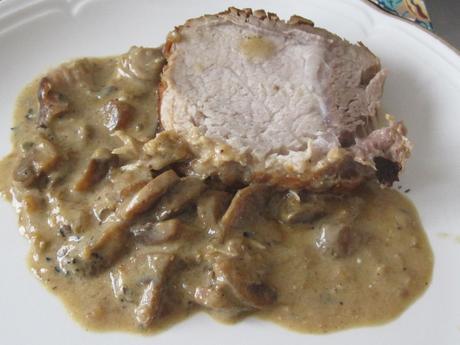 Rôti de porc au bleu d'Auvergne et champignons