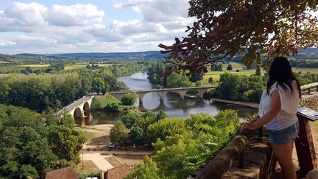 Le Périgord noir : Vue panoramique depuis jardin de Limeuil