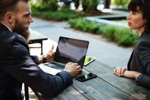 Pourquoi ouvrir un compte dans une banque en ligne?