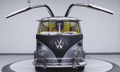 Back_to_the_Future_1967_Vintage_VW_Bus_2017_04