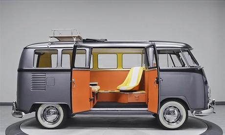 Back_to_the_Future_1967_Vintage_VW_Bus_2017_03
