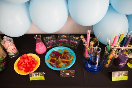La fête d'anniversaire Savant Fou !