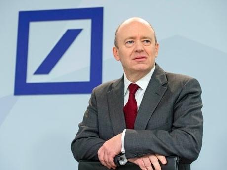 Les robots du XXIème siècle ont du boulot dans les banques !