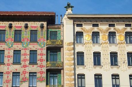 vienne vienna otto wagner art nouveau sécession maison majoliques médaillons linke wienzeile