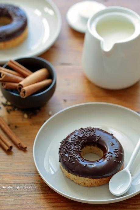 Hoops sans lactose, glaçage chocolat aux épices