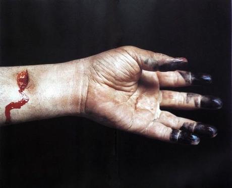 En référence à la mort, Andreas Serrano