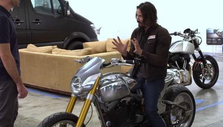 Découvrez le luxueux garage de motos fondé par Keanu Reeves
