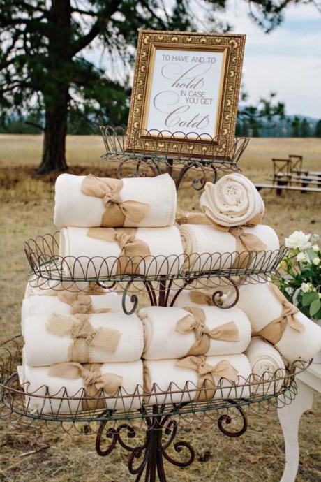 mariage theme hiver plein air couverture