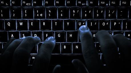 Téléchargement : Piratage, Streaming, DDL, P2P et Torrent c'est quoi ? Définition !