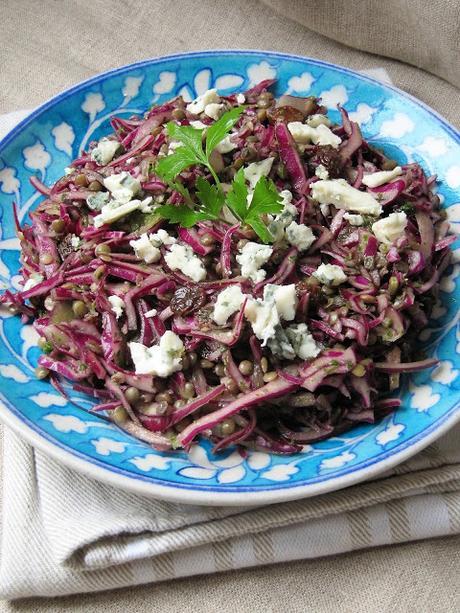 Salade de lentilles et chou rouge au roquefort