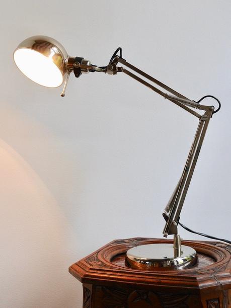 lampe acier table bois appart lille