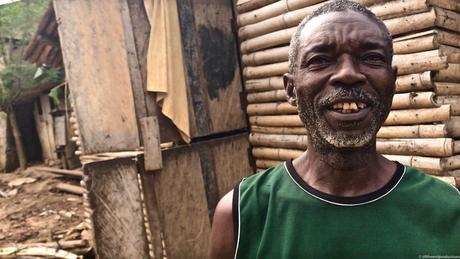 DES MONDES REGARDÉS - Le Ghana a 30 ans d'ecart