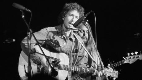 une Guitare (et pas n'importe laquelle !) de Bob Dylan aux enchères  #GeorgeHarrison #BobDylan