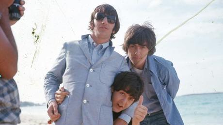 De belles photos des Beatles à vendre #TheBeatles #help