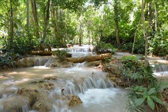 Kuang Si Falls : les chutes d'eau les plus magiques que j'ai pu voir (Laos)