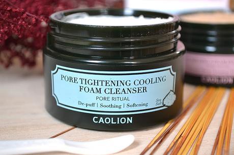 On s'attaque aux pores dilatés avec le duo de mousses nettoyantes Caolion
