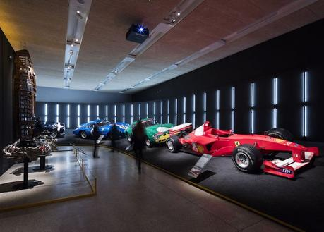 Focus sur l'exposition « Ferrari: Under the Skin »