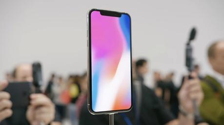 Écrans de l'iPhone X qui se figent : Apple prépare un correctif
