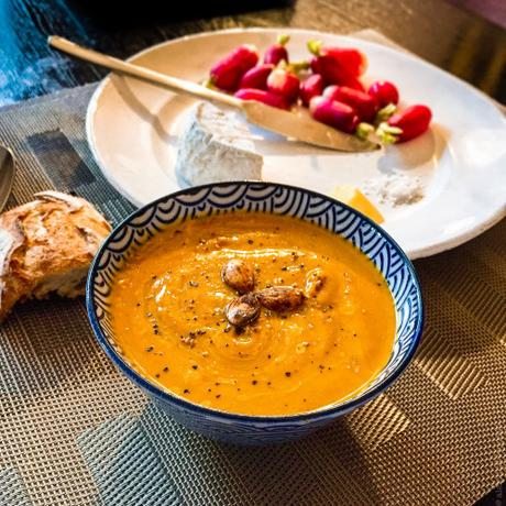 Lutsubo express – Soupe de potimarron, betteraves et lentilles corail