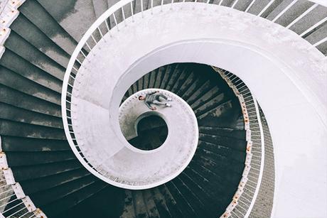 MISLEADING LINES, la série photographique qui joue avec nos perceptions