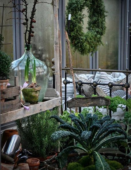 d\'hiver dans le jardin d\'une ferme suédoise