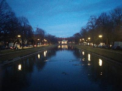 Le canal de Nymphenburg au crépuscule du 23 novembre