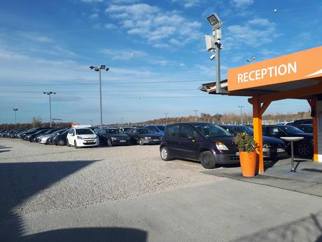 Comment rejoindre l'aéroport ? 4 moyens de transport pratiques ! Un exemple avec Lyon