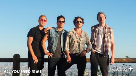 All You Need Is Me : la mini-série qui t'emmène dans les valises d'un rock band