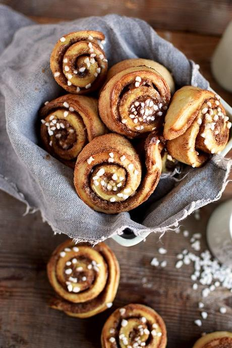 Couronnes & Cinnamon Rolls