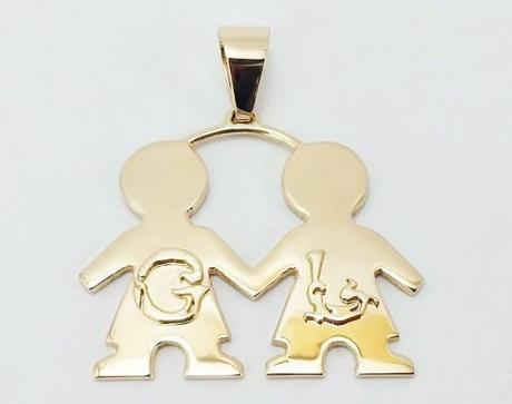 pendentif enfant personnalisé en or avec initiales