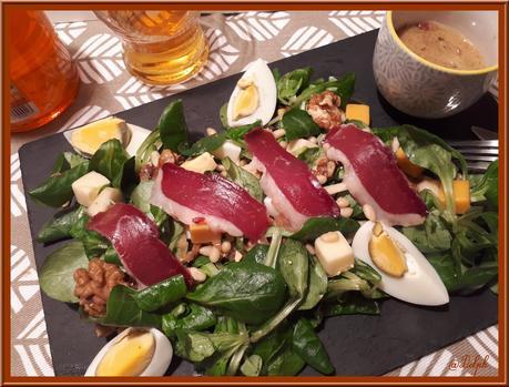 Salade de Mâche, et ses Echalotes confites au Cidre.