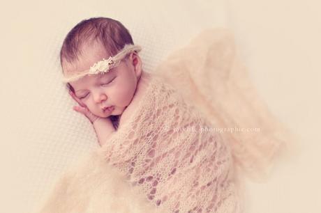 Photos bébé nouveau-né en studio Versailles 78
