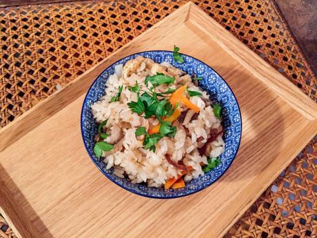 Douceur du Japon – Takikomi gohan (riz aux petits légumes)