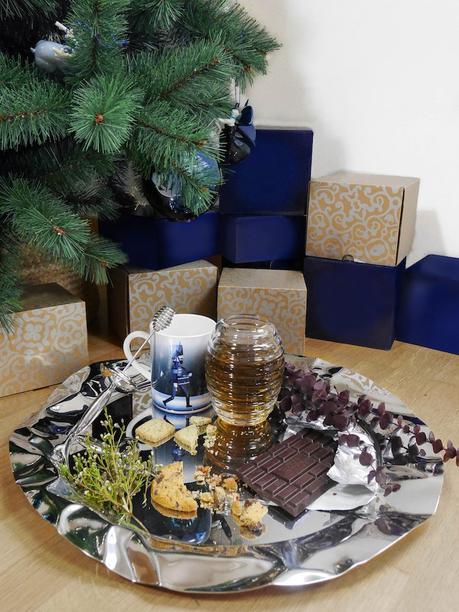 cadeaux sapin de noel bleu et argent alessi