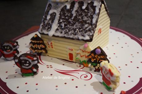🎄Petite maison en chocolat🎄 réalisée à 4 mains....