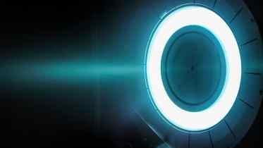Safran livre les harnais électriques du premier BelugaXL