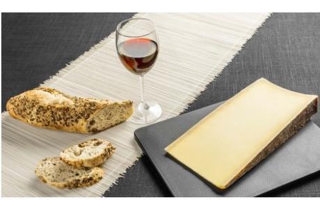 CRISE CARDIAQUE : Une portion de fromage par jour pour réduire son risque ?