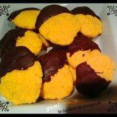 Biscuits safran et chocolat au thermomix ou sans - La cuisine de poupoule