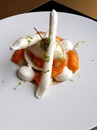 Pavlova à la mangue © Gourmets&co