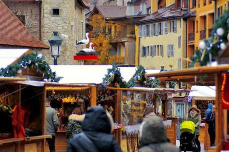 Le marché de Noël d'Annecy © French Moments
