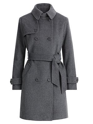 DEMAIN NOUS APPARTIENT : Chloé dans un très beau manteau coupe trench en laine dans l'épisode 106