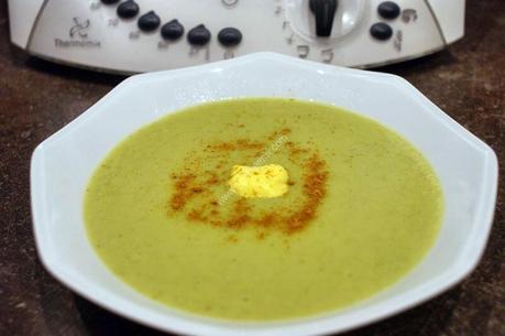 velouté de brocolis, petit pois, curry