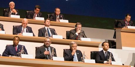 Le sommet de Paris rend hommage au roi Mohammed VI pour son engagement en faveur du climat
