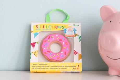 Oh un donuts ! Un anneau de dentition fun et ludique