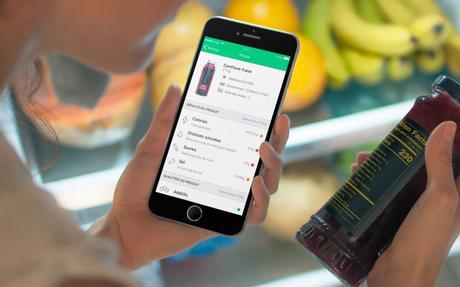 Yuka sur iPhone scanne vos produits et analyse leur impact sur la santé.