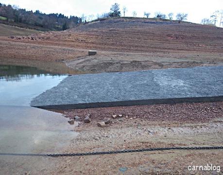 Prolongement de la rampe de mise à l'eau de Villerest