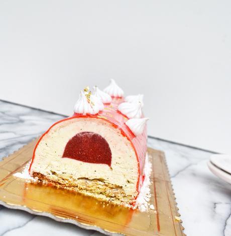 Bûche mousse vanille insert fraise