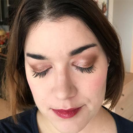 [Vidéo] Get ready with me – maquillage lumineux pour jour pluvieux !